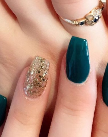 nail extensions with glitter design 0902191