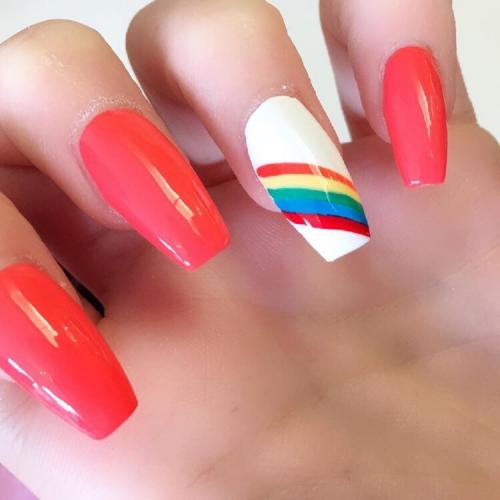acrylic-nail-extension-with-design-2